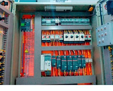 montagem-paineis-eletricos-industriais-01